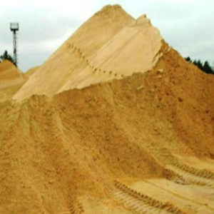 Карьерный песок с доставкой по Крыму и Севастополю.